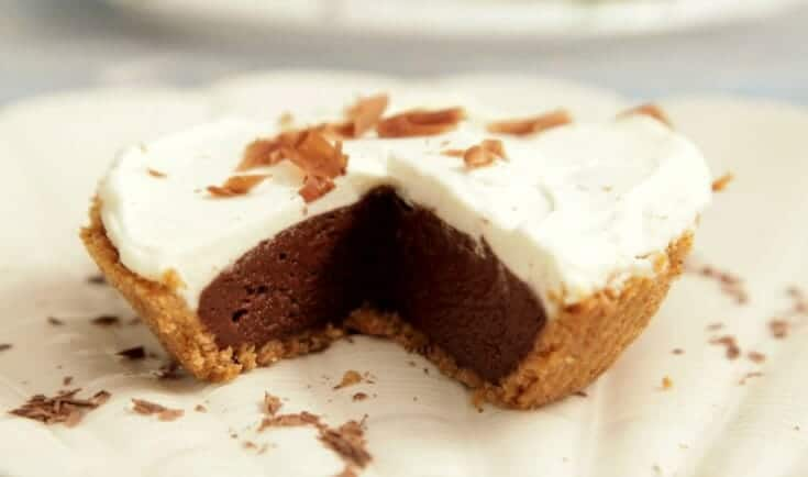 Dessert to Serve with Lobster Chocolate Cream Pie